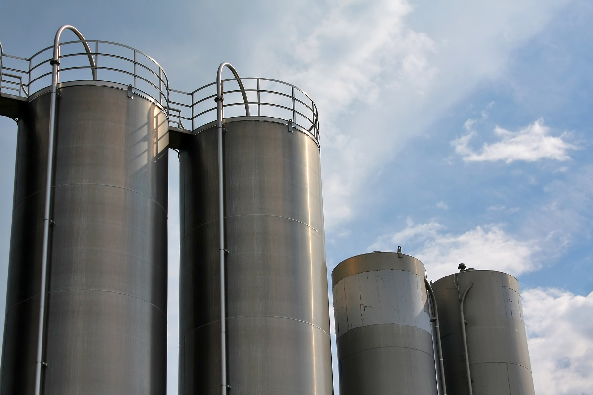 Vertical steel tanks